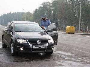 Нижегородские судебные приставы арестовали десять автомобилей должников