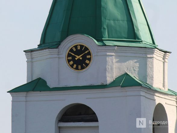 Хранители времени: самые необычные уличные часы Нижнего Новгорода - фото 29