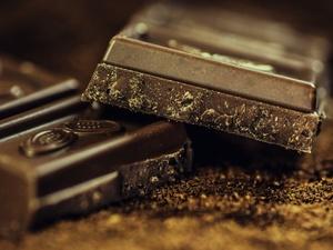 Долги заставили россиянина украсть 18 тонн шоколада