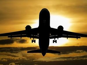 Авиабилеты подорожают в России  из-за падения курса рубля