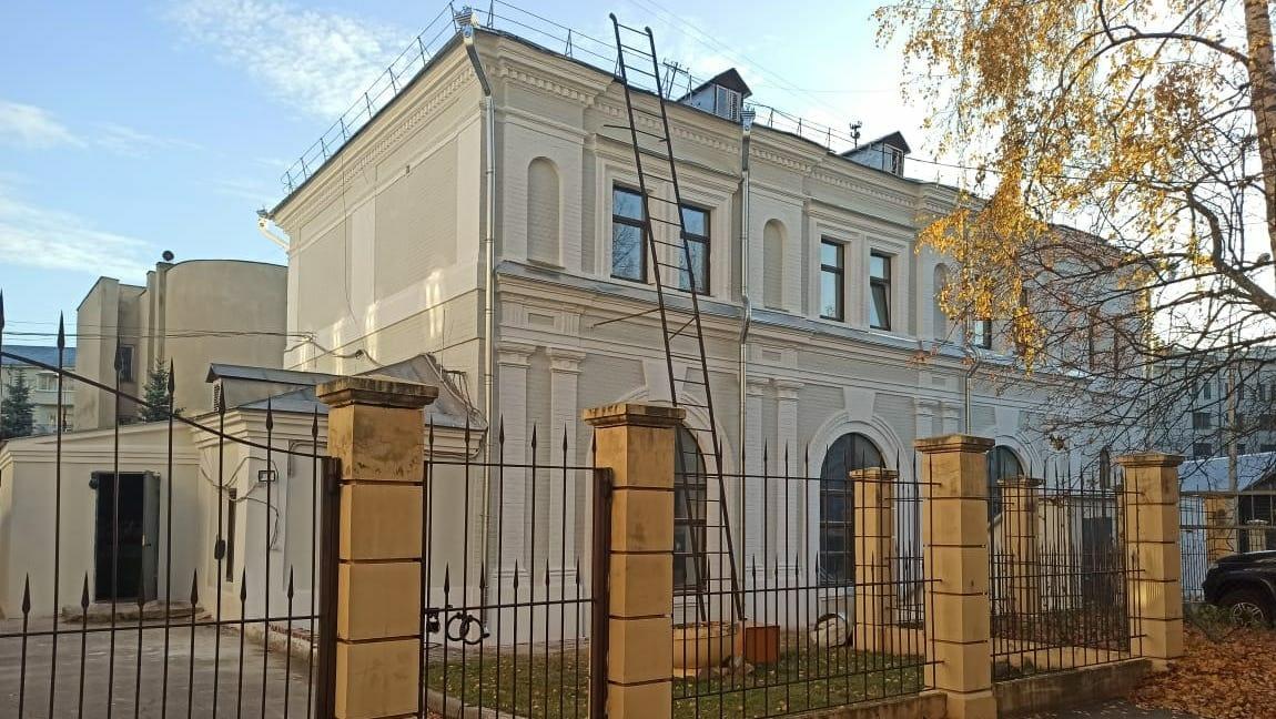 Одно из зданий областной библиотеки им. В. И. Ленина отреставрировали к 800-летию Нижнего Новгорода - фото 1