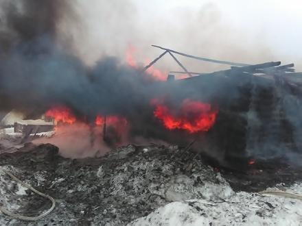Пожилой мужчина погиб на пожаре в Варнавинском районе