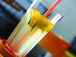 Милонов предложил запретить называть ненатуральные продукты колбасой и лимонадом