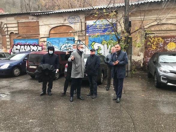 ОНФ обнаружил аварийные дома и провалы в асфальте на исторических улицах Нижнего Новгорода - фото 7