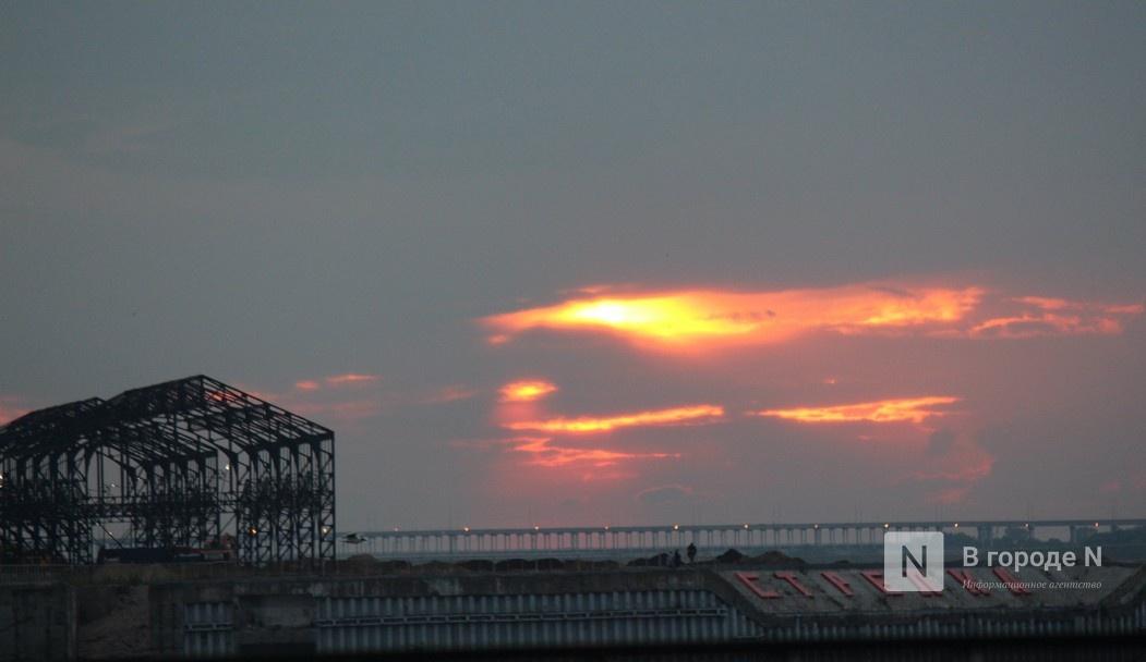 «Столица закатов» без солнца: как прошел первый день фестиваля музыки и фейерверков в Нижнем Новгороде - фото 10