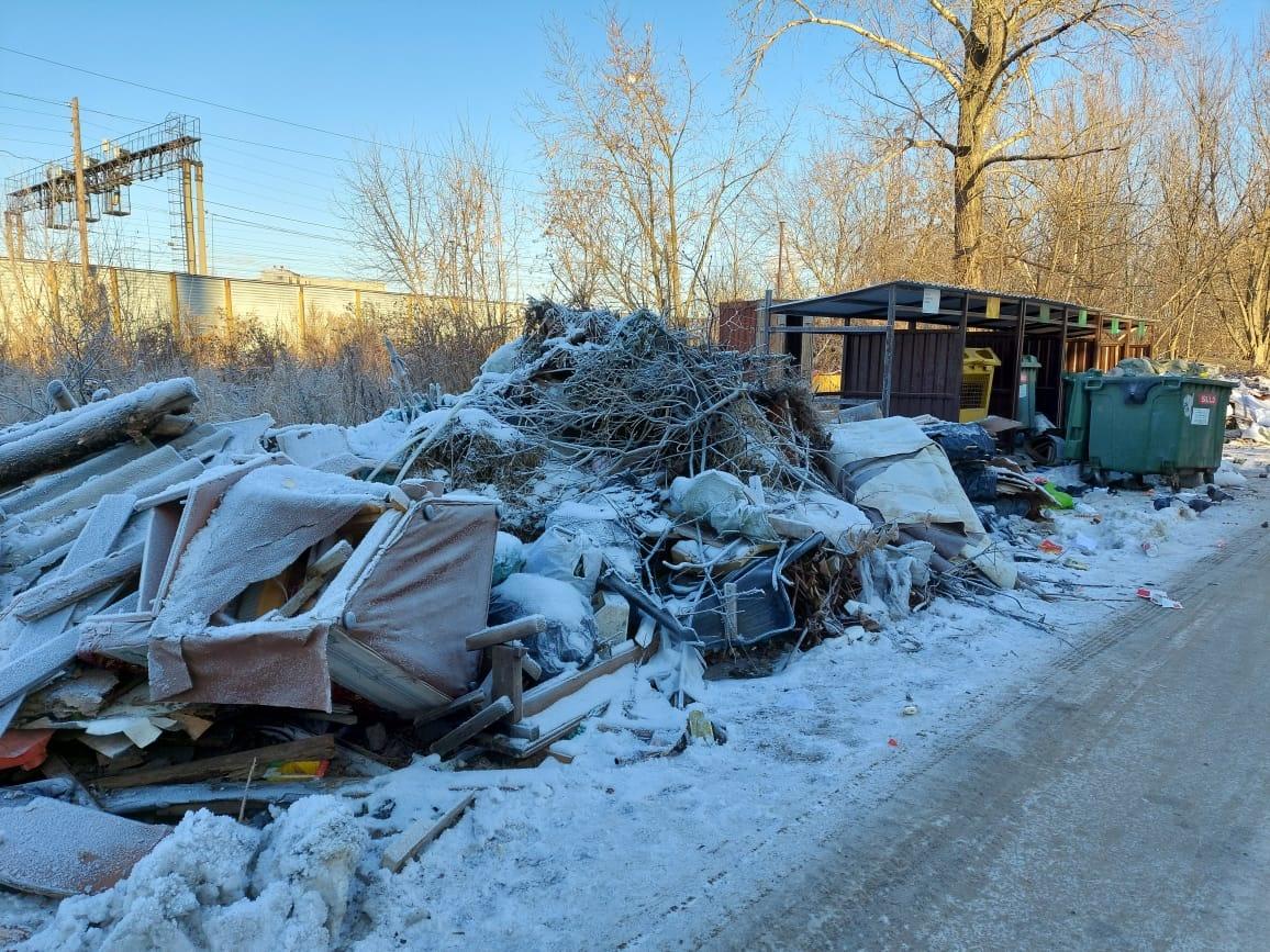 Свыше пяти кубометров бесхозного строительного мусора обнаружено в Канавинском районе - фото 1