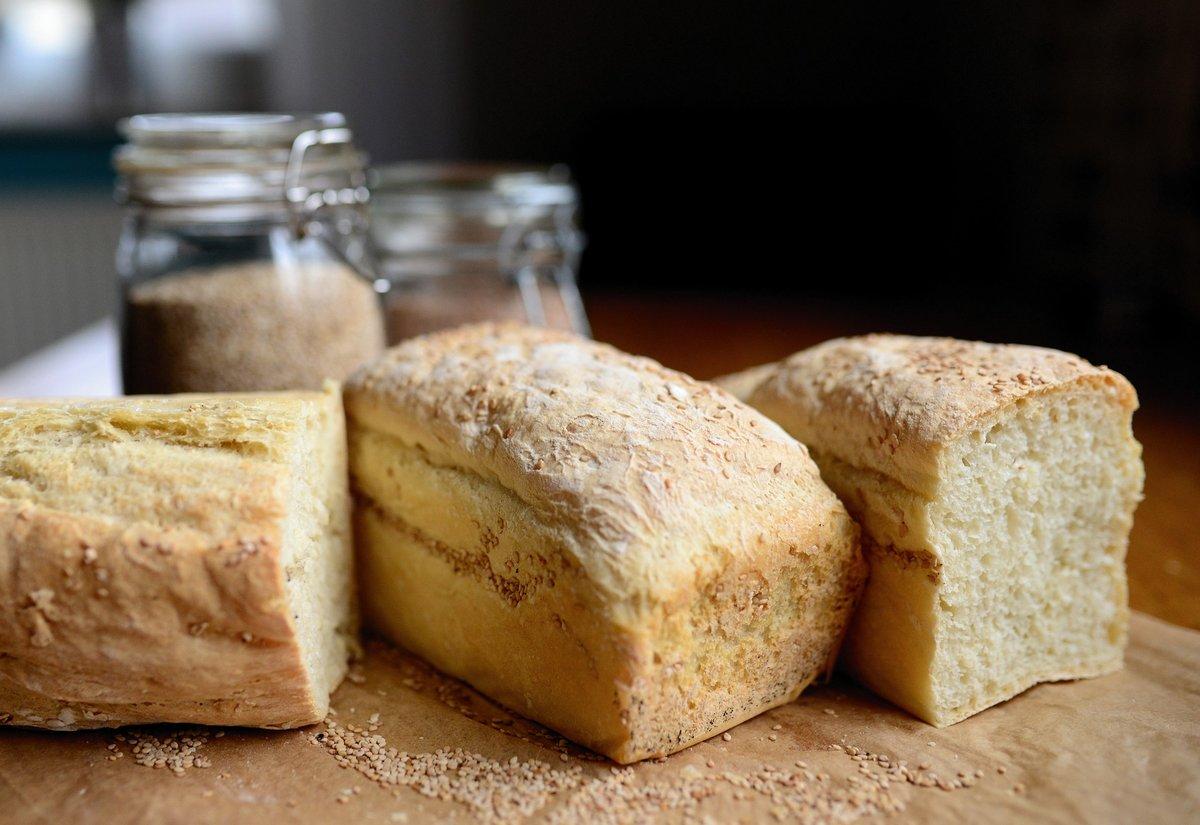 Можно ли хранить хлеб в морозильной камере?