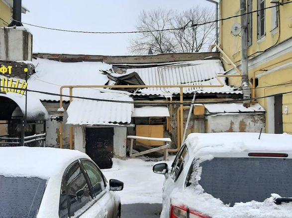 ОНФ обнаружил аварийные дома и провалы в асфальте на исторических улицах Нижнего Новгорода - фото 12